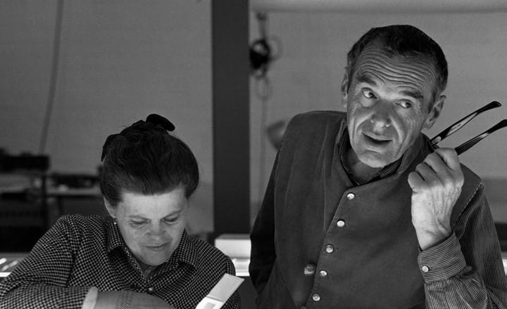 1. The World Of Charles And Ray Eames. Charles And Ray Eames Selecting Slides. %C2%AE Eames Office LLC 1
